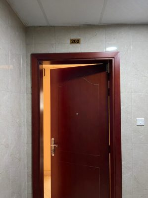 For rent a room and a hall in Muwailih behind the blood bank at a price of 20,000 AED